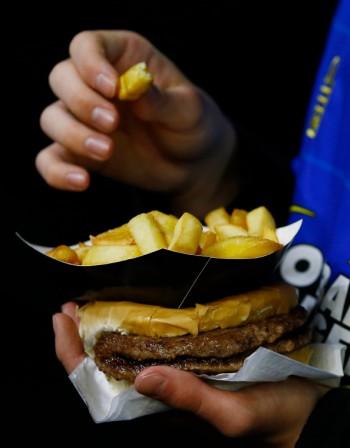 Синдром на нощното хранене ни прави дебели