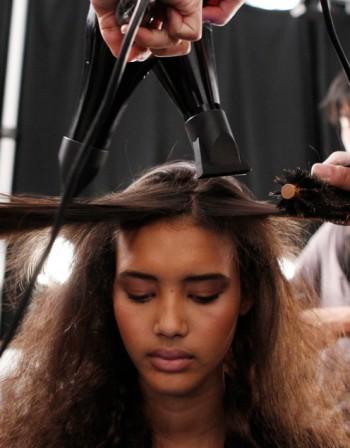 Турмалин в сешоара предпазва косата ни