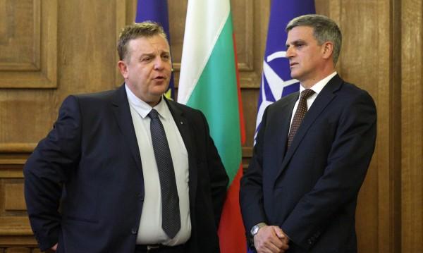 Каракачанов: Ще върна уважението към българския офицер!