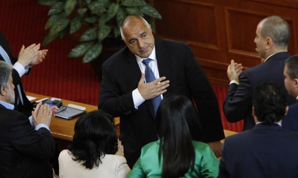 FT: Борисов се свърза с крайнодесни, за да управлява