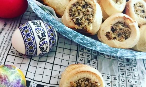 Рецептата Dnes: Фунийки с шоколадов крем и ядки