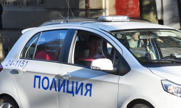 """София: Два автомобила катастрофираха на """"Сточна гара"""""""