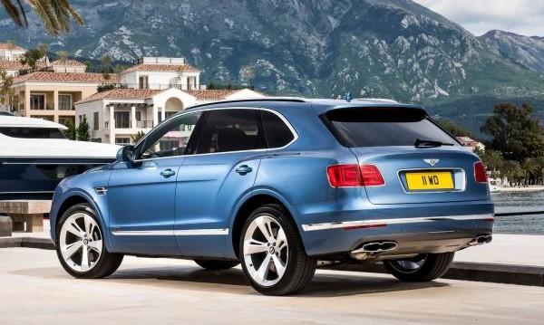 Bentley вади още 3 версии на Bentayga