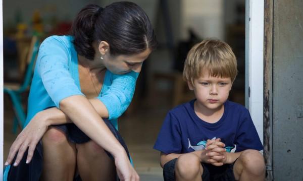 Как да отговорите на някои смущаващи въпроси, задавани от децата?
