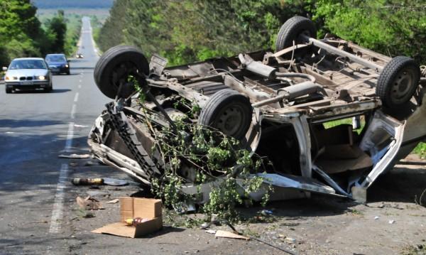 Един човек е загинал при катастрофа през денонощието