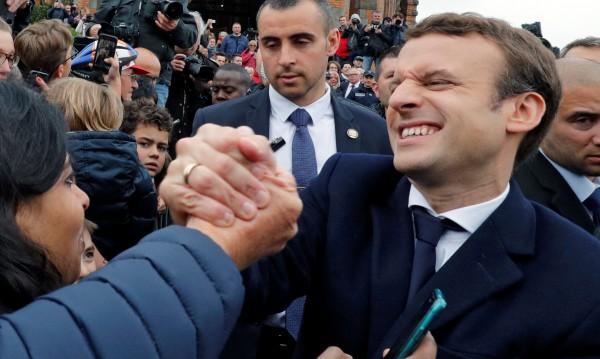Франция победи популизма, но пък е дълбоко разделена
