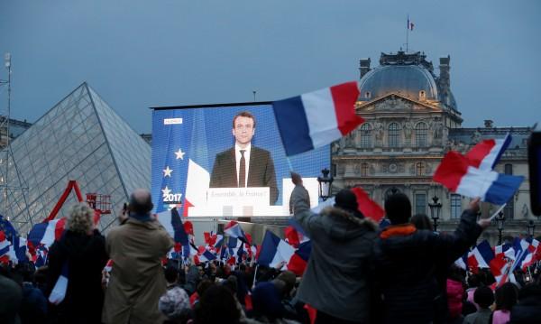 Победата на Макрон – подарък за лидерите на ЕС за Деня на Европа