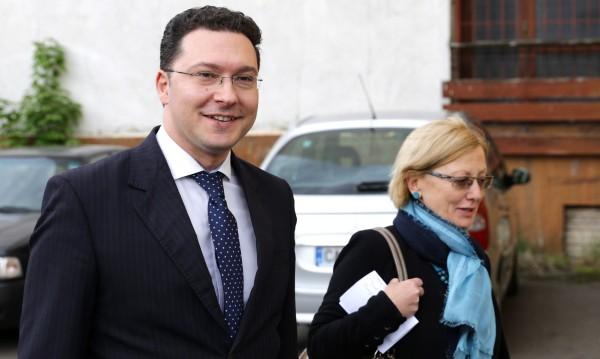 Даниел Митов се сдоби с обвинение в безстопанственост