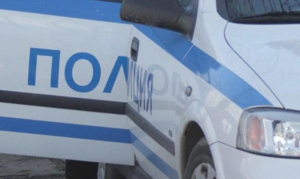 Полицаи откриха антики при проверка на кола в Търново