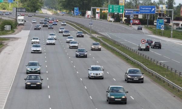 Решено, в София: При мръсен въздух – без коли, метрото – без пари!