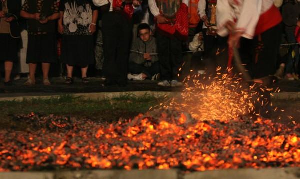 Скоро! Огън и нестинарство в центъра на София