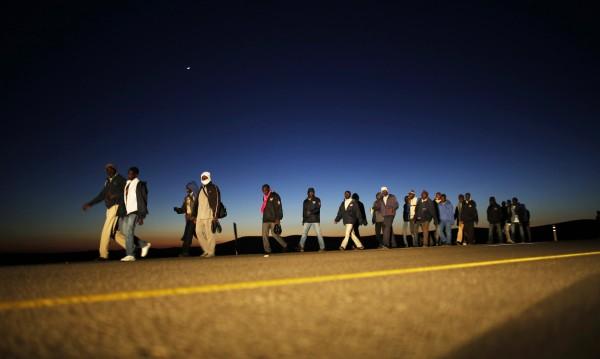 Германски сайт помага на мигранти да се върнат у дома