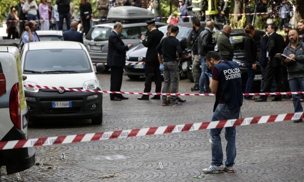 Две са били взривните устройства, избухнали в Рим