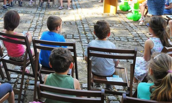 Малчугани чакат за забавачки в три столични квартала