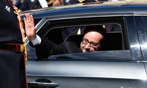 Оланд се похвали и оплака от трудностите на мандата му
