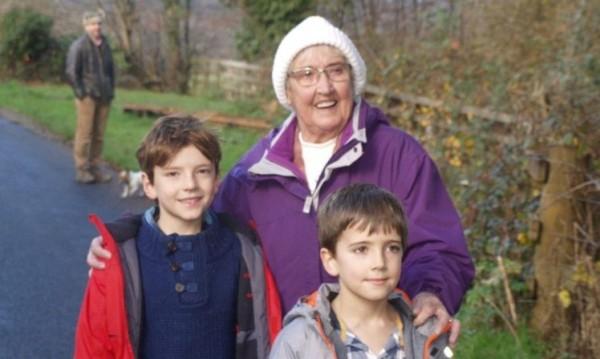 Английска баба тръгна към близка болница, озова се в Шотландия