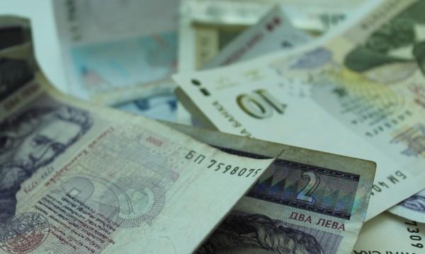 Индустриалният капитал с апел: Махнете минималната заплата!