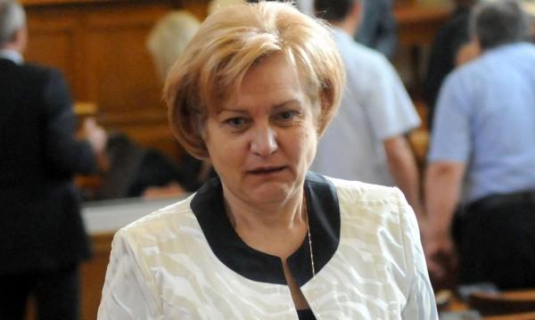 Менда Стоянова убедена: Растежът на икономиката - постижим!