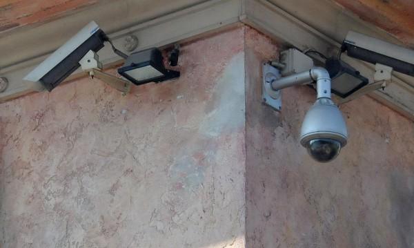 """Спипаха рецидивист да краде охранителни камери в """"Люлин"""""""