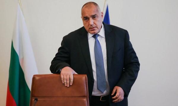 Борисов погва джигитите: Загиват за година по 1000 души на пътя!