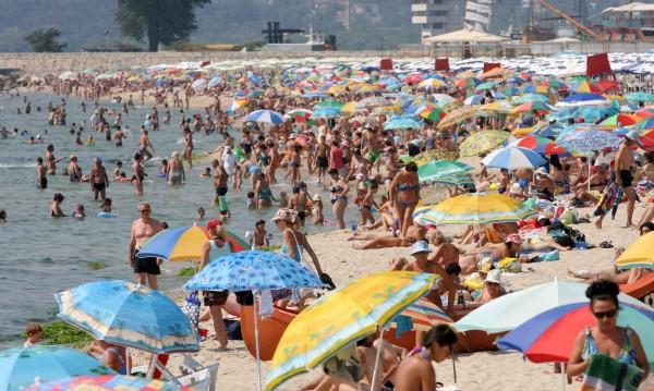 Какви са цените на чадърите? В сайта за плажуващи