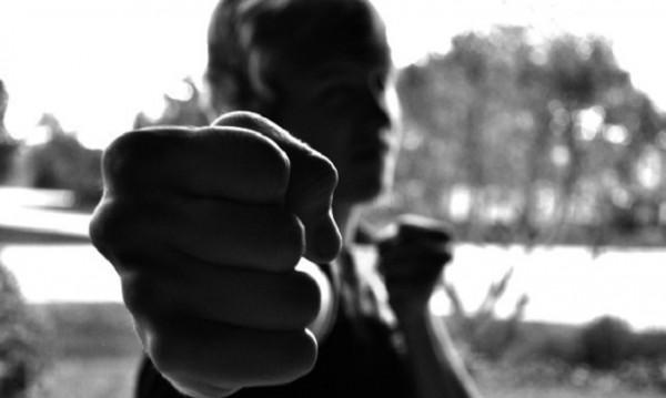 Мъж преби украинка в Монтана, ожулила колата му