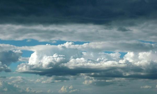Седмицата започва с облаци, следобед – дъжд и гръмотевици