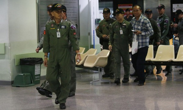Бомба избухна в болница в Банкок, десетки са ранени
