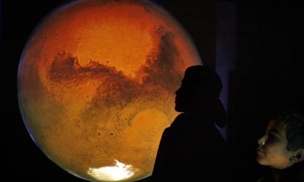 Можем ли да живеем на друга планета? Има ли бъдеще на Земята?