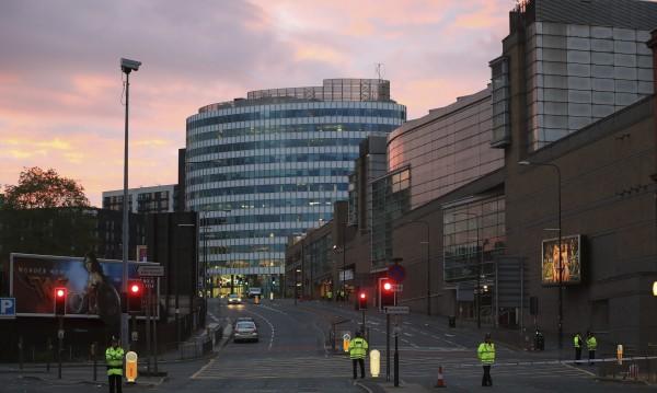 Юнайтед и Сити – шокирани от ужаса в Манчестър
