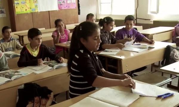 Наесен учителите не с песен, а с 15% скок в заплатите