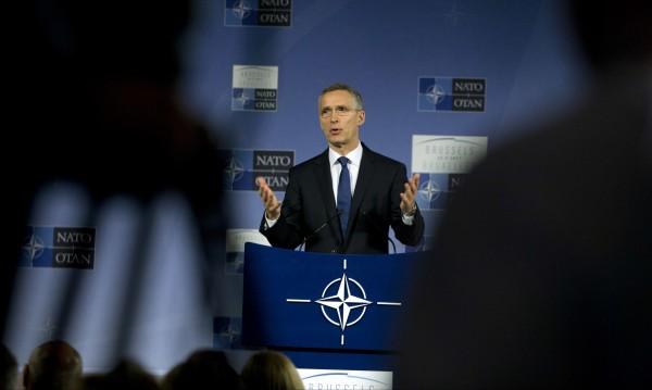 Столтенберг иска повече усилия на НАТО срещу тероризма
