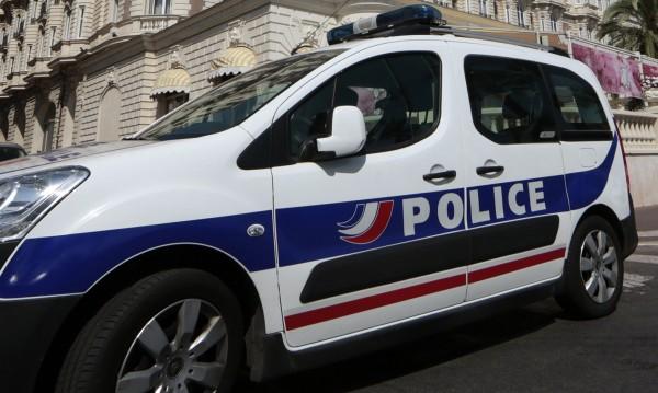 Две жени задържани във Франция, искали да извършат атентат