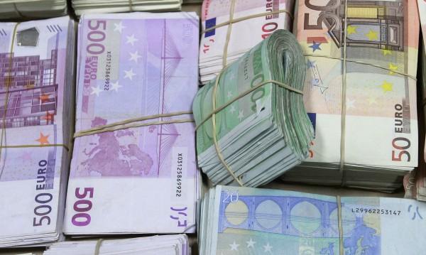 10 000 евро в плик на улицата за... ало апашите