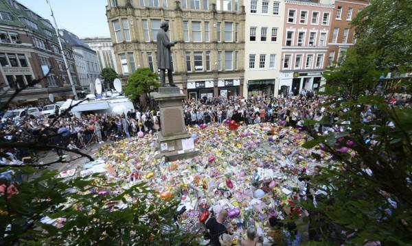 МВнР: Няма пострадали българи при атентата в Манчестър