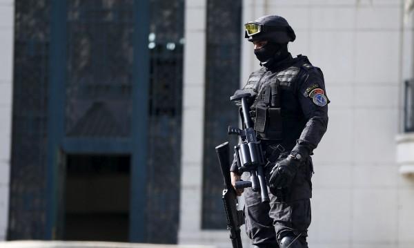 Над 20 убити при нападение срещу автобус с християни копти в Египет