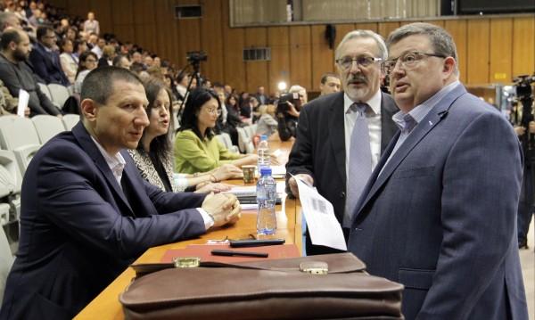 Oбщото събрание на прокурорите изслуша кандидатите за ВСС