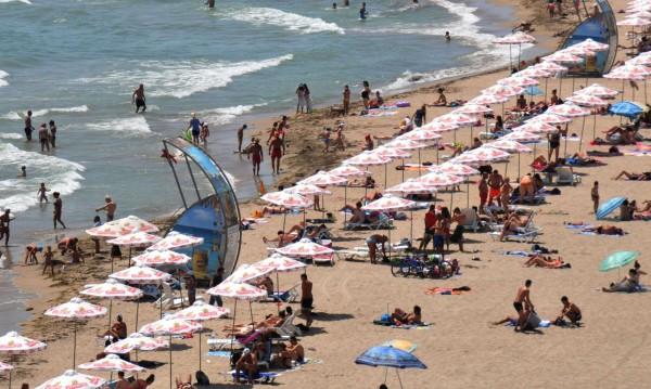 11% ръст на туристите, а персоналът ни от Индия