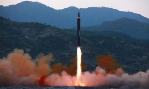 Пак провокация от Пхенян – полетя нова ракета