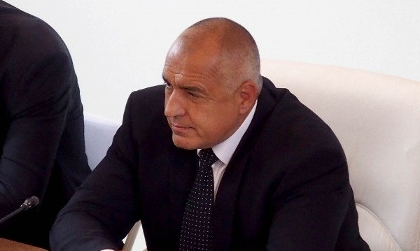 Борисов: На камерите намаляват и после газ! Защо има табела?!