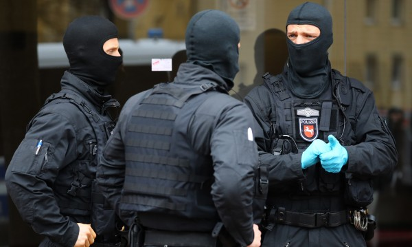 И в Германия: Хванаха 17-годишен сириец, планирал атентат в Берлин