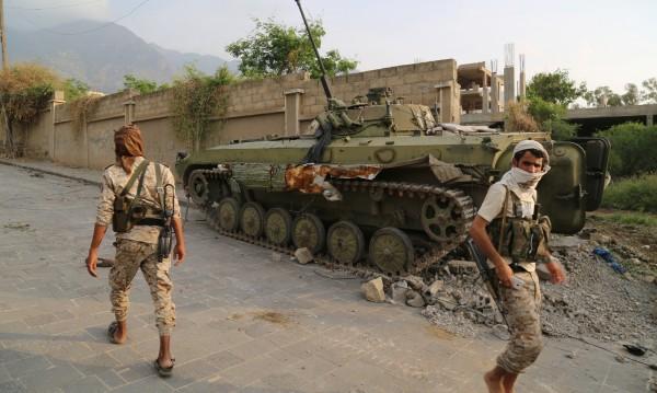 ООН: Конфликтът в Йемен води страната към разпадане!