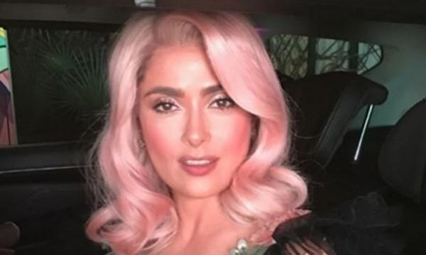 Салма Хайек вече не е брюнетка – розова е!
