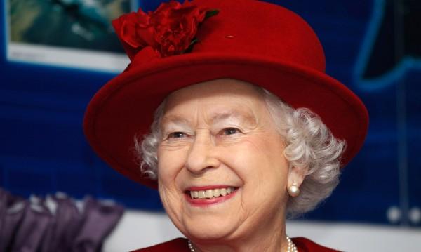 Кралица Елизабет II си има любим лак от 1989 г.