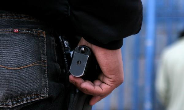 Преподавател откри стрелба в частно училище в Рияд