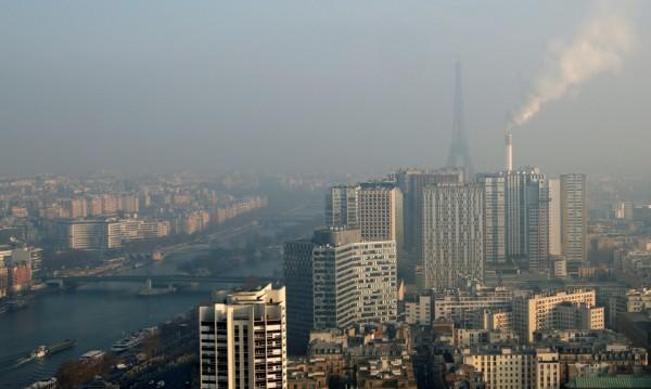 Доказано: Хората замърсяват въздуха от 2000 години
