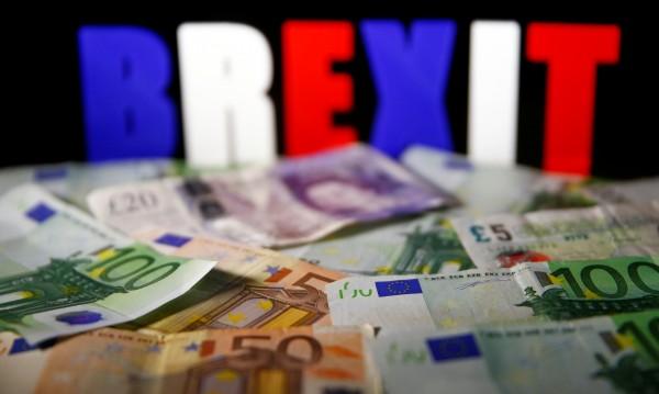 "Brexit започна ""да хапе"". По-висока инфлация, по-ниски заплати..."