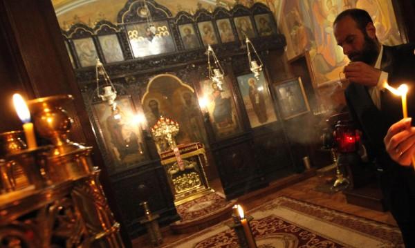 Православният свят празнува – днес е Петдесетница