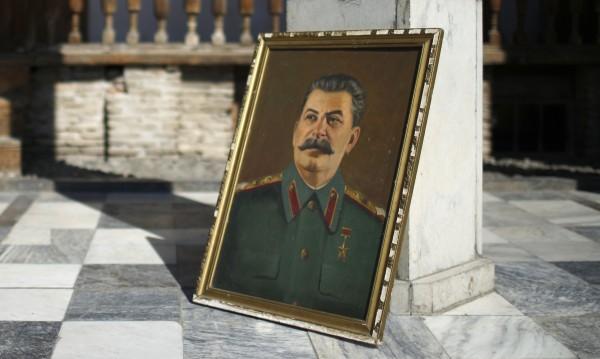 Капанът на Кремъл – федерация между Югославия и България