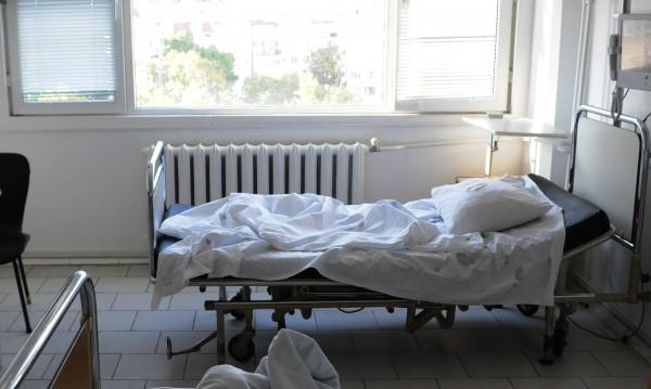 Мъж направи показно самоубийство в Благоевград, оцеля